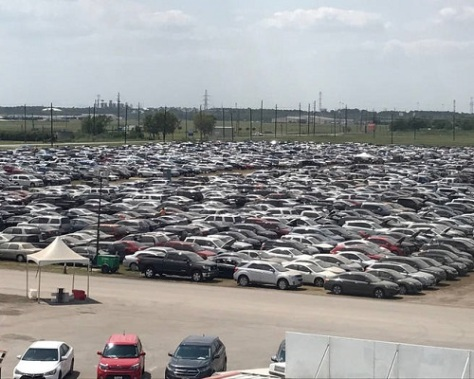 .jpg photo of vehicles flooded in Hurricane Harvey