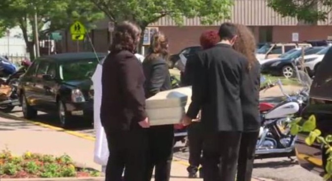 .jpg photo of funeral of Kansas child killed by child abuse